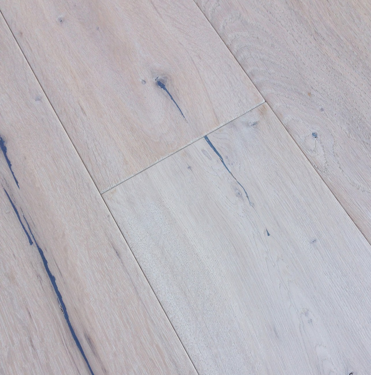 Whitewashed White Oak Raised Grain Eco Friendly Flooring